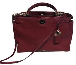 Coach Satchel in Red Currant