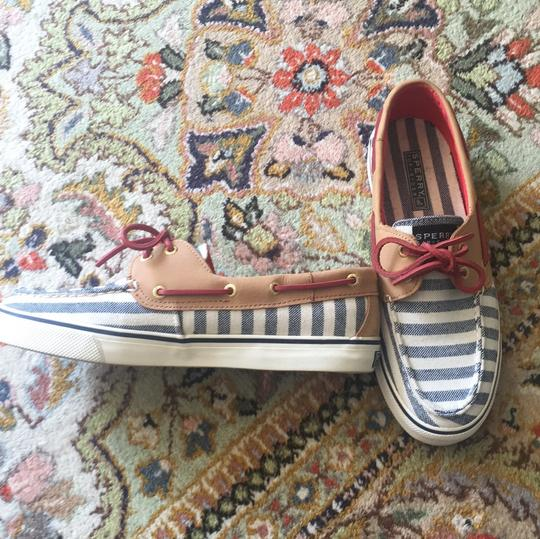 Sperry Cream, blue, red and beige Flats
