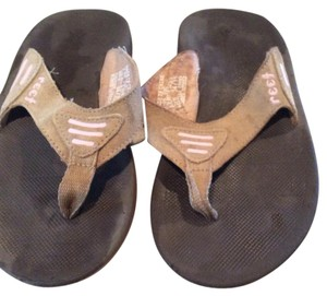 Reef Brown with pink Sandals