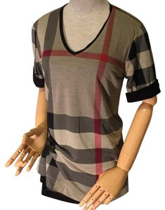 Burberry T Shirt Black or red
