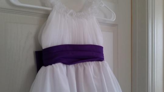 Purple/White Flower Girl 4t Formal Bridesmaid/Mob Dress Size 4 (S)