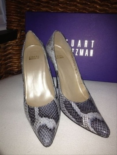 Stuart Weitzman Snakeskin Black and gray Pumps