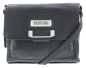 Kenneth Cole Reaction Black Messenger Bag