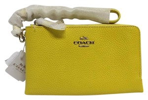 Coach 53090 Wristlet in Yellow