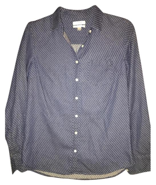 Preload https://item1.tradesy.com/images/jcrew-button-down-top-size-2-xs-18986170-0-1.jpg?width=400&height=650