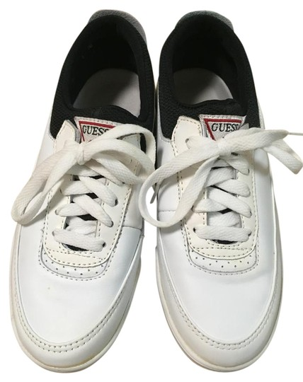 Preload https://item5.tradesy.com/images/guess-white-tenniswalking-sneakers-size-us-65-regular-m-b-18986329-0-1.jpg?width=440&height=440