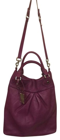 Preload https://item4.tradesy.com/images/marc-jacobs-signature-tag-purple-pebble-leather-cross-body-bag-18989593-0-1.jpg?width=440&height=440