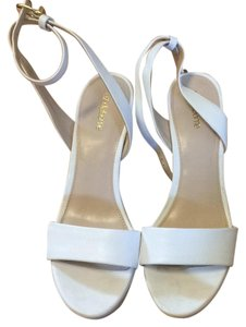 Liz Claiborne White Wedges
