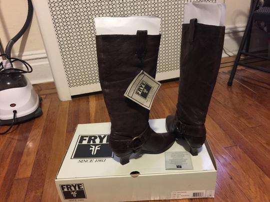 Frye Leather Low Heel Dark Brown Boots