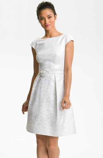 Theia White Cap Sleeve Jacquard Fit & Flare Casual Wedding Dress Size 10 (M)