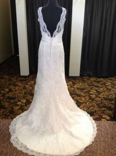 Ivory 18850 Wedding Dress Size 12 (L)