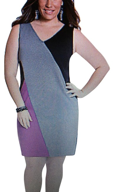 Preload https://item4.tradesy.com/images/lane-bryant-grey-colorblock-sheath-mid-length-workoffice-dress-size-20-plus-1x-18990733-0-2.jpg?width=400&height=650
