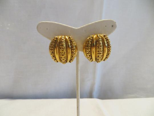 Chanel CHANEL Vintage Gold-tone Clip-on Earrings with Rows of