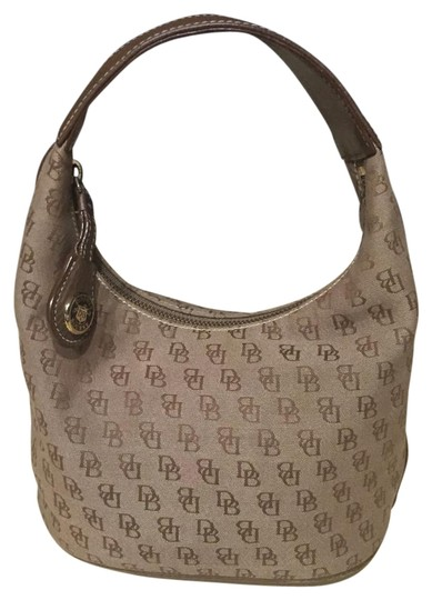 Preload https://item5.tradesy.com/images/dooney-and-bourke-classic-signature-purse-brown-canvas-hobo-bag-18991159-0-1.jpg?width=440&height=440