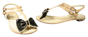 Chanel New 36/5.5/6 Pearls On Bow Beige & Black Sandals
