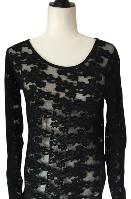 Preload https://img-static.tradesy.com/item/18992167/free-people-night-out-top-size-8-m-0-1-650-650.jpg
