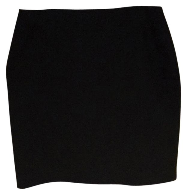 Preload https://item1.tradesy.com/images/new-york-and-company-black-pencil-knee-length-skirt-size-18-xl-plus-0x-18992395-0-1.jpg?width=400&height=650