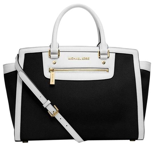 Preload https://img-static.tradesy.com/item/18992785/michael-michael-kors-colorblock-selma-large-zip-blackcanvas-canvassaffiano-leather-satchel-0-6-540-540.jpg