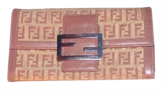 Preload https://item5.tradesy.com/images/fendi-pinknude-small-f-logo-print-canvas-and-pinknude-leather-vintage-gucci-walletdesigner-wallet-18996844-0-1.jpg?width=440&height=440
