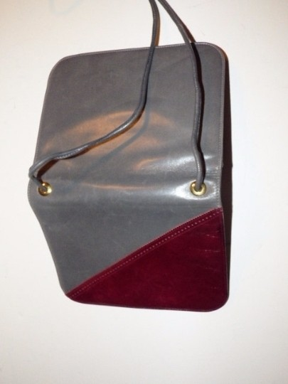 Bally Dressy Or Casual Excellent Condition Color Block Look Accordion Bottom Boutique' Shoulder Bag
