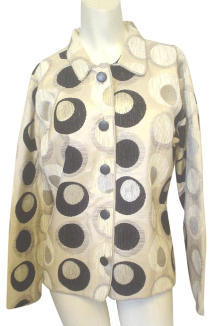 Preload https://item1.tradesy.com/images/multi-color-ivory-black-and-white-woven-circle-pattern-button-front-closure-s-blazer-size-4-s-18998125-0-1.jpg?width=400&height=650