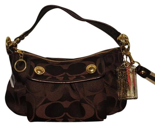 Preload https://item5.tradesy.com/images/coach-signature-collection-brown-woven-jacquard-fabric-shoulder-bag-18998599-0-1.jpg?width=440&height=440