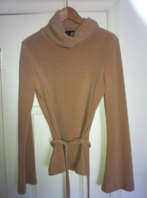 Preload https://item1.tradesy.com/images/express-camel-cowl-neck-sweaterpullover-size-4-s-19000-0-0.jpg?width=400&height=650