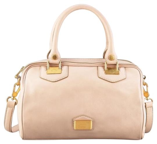 Preload https://img-static.tradesy.com/item/19001767/marc-by-marc-jacobs-house-snappy-tan-leather-satchel-0-1-540-540.jpg