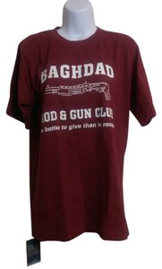 Batee Design T Shirt Burgundy