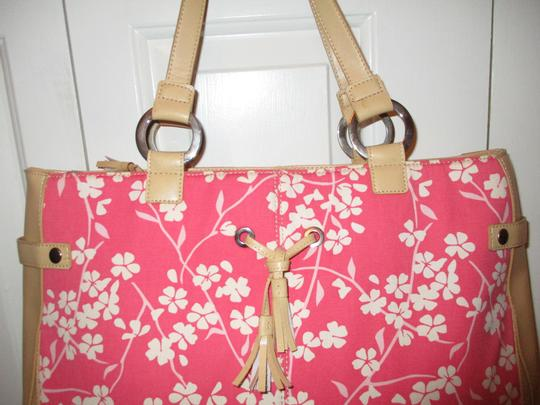 Bath and Body Works Tote in tan, pink & white Image 5