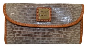 Dooney & Bourke Emb Leather Continental Clutch Wallet