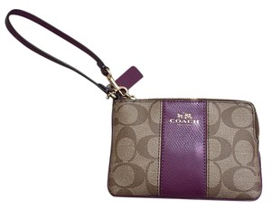 Coach Wristlet in Khaki and Plum