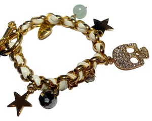 Betsey Johnson Betsey Johnson Skull Star Charm Bracelet Gold Tone J2841
