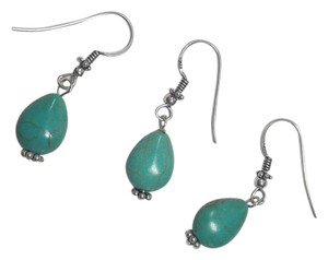 Other Sterling Silver Turquoise Pair With A Free Spare Earrings E1001