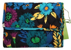 Vera Bradley Euro Wallet in Midnight Blues Floral Quilted Cotton Retired