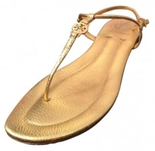 Preload https://item1.tradesy.com/images/tory-burch-gold-emmy-style-12118209-sandals-size-us-8-regular-m-b-19015-0-0.jpg?width=440&height=440