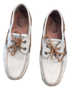 Sperry Beige/Off White/Cream Flats
