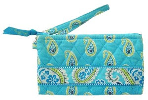 Vera Bradley Quilted Wallet Clutch Wristlet in Turquoise