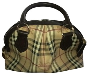 Burberry Satchel in hay market plaid