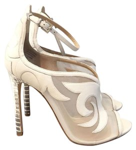 B Brian Atwood Cream and metallic Pumps