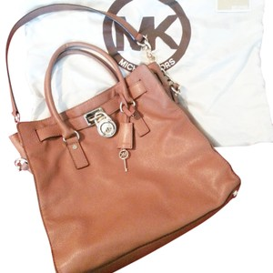 Michael Kors Tote in tan/luggage