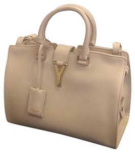 Saint Laurent Cabas Louis Vuitton Prada Gucci Valentino Satchel in Beige