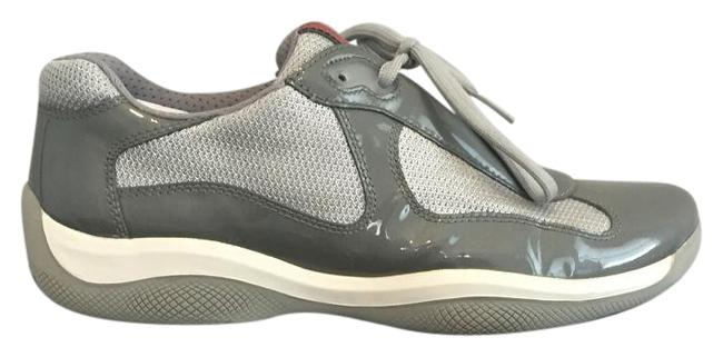 Item - Grey Sneakers Size US 8.5 Regular (M, B)