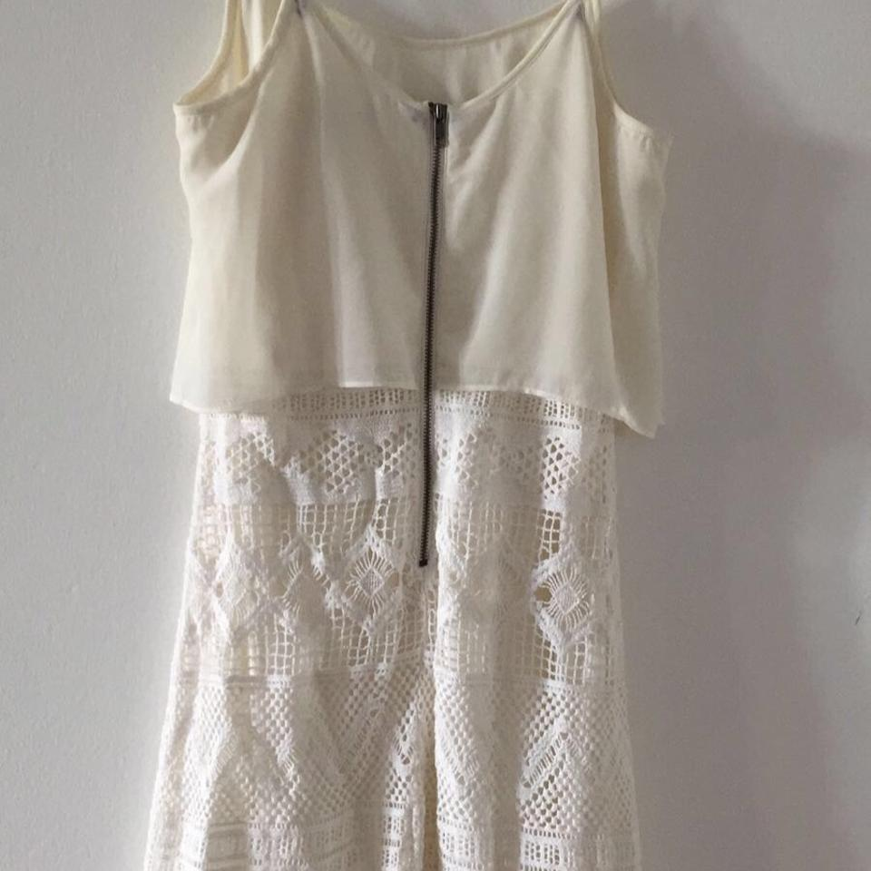 0deb5ac373 American Eagle Outfitters White Short Casual Dress. Size  0 (XS) Length  Above  Knee