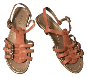 Vaneli Brown Sandals