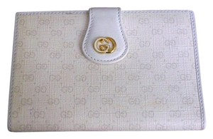 Gucci Vintage Gucci White Mini GG Wallet with Kiss Lock