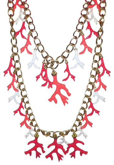 Preload https://img-static.tradesy.com/item/19022014/lilly-pulitzer-gold-coral-white-statement-necklace-0-3-540-540.jpg