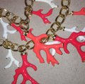 Lilly Pulitzer Lilly Pulitzer Gorgeous Gold Coral Statement Necklace Image 4
