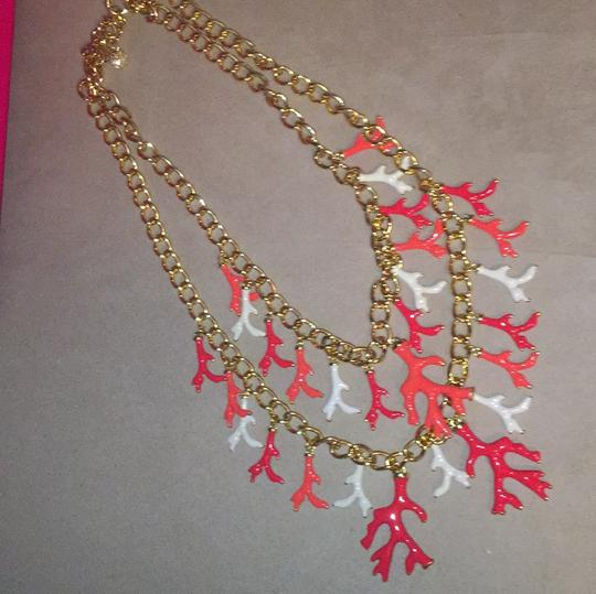Lilly Pulitzer Lilly Pulitzer Gorgeous Gold Coral Statement Necklace Image 8