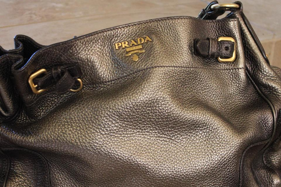 49e07119b1ab96 Prada Vitello Daino Pocket Metallic Silver Leather Tote Logo Monogram Large Hobo  Bag Image 10. 1234567891011